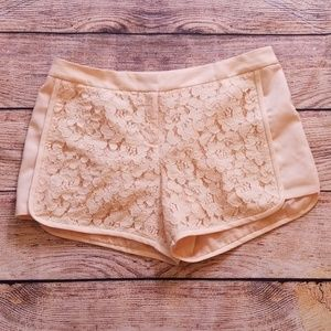 Laundry by Shelli Segal 12 lace shorts